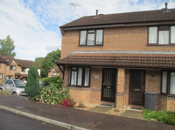 Thumbnail Semi-detached house to rent in Butts Close, Honiton