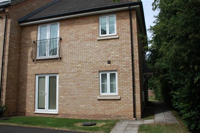 1 bed flat to rent in Leas Close, St. Ives, Huntingdon PE27
