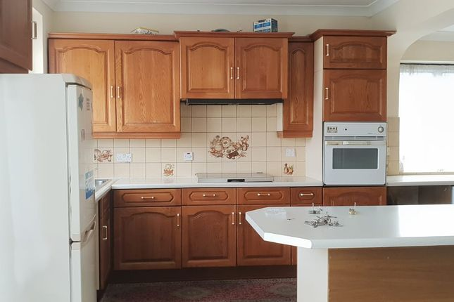 Thumbnail Semi-detached house to rent in Legrace Avenue, Hounslow, Middlesex