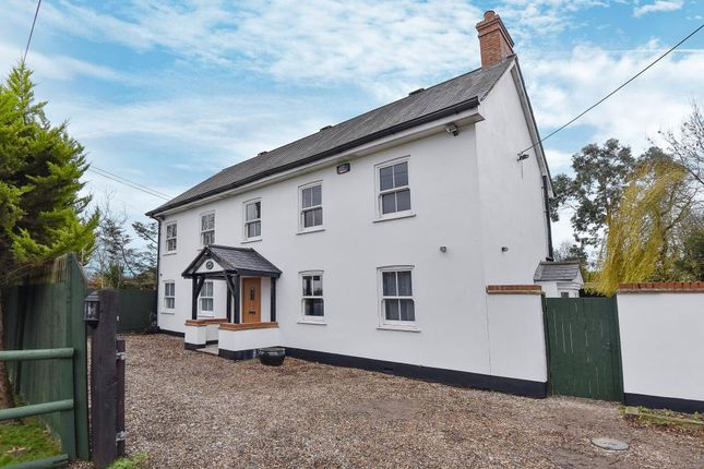 Thumbnail Detached house to rent in Drift Road, Maidenhead