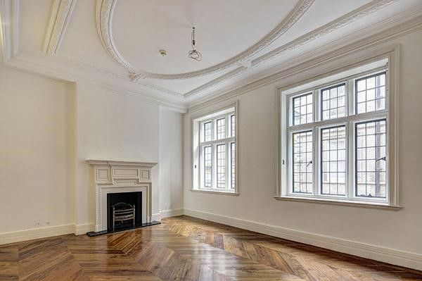 Thumbnail Property to rent in Lygon Place, London