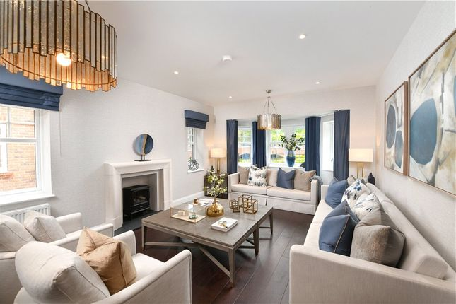 Thumbnail Detached house for sale in Ively Road, Fleet