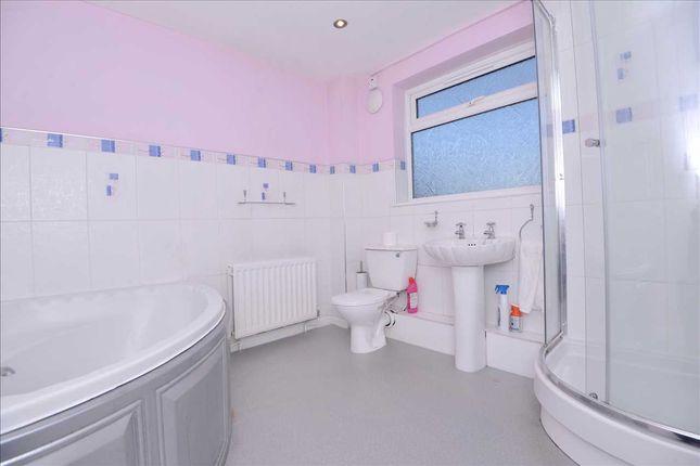 Bathroom of Morton Street, Newcastle Upon Tyne NE6