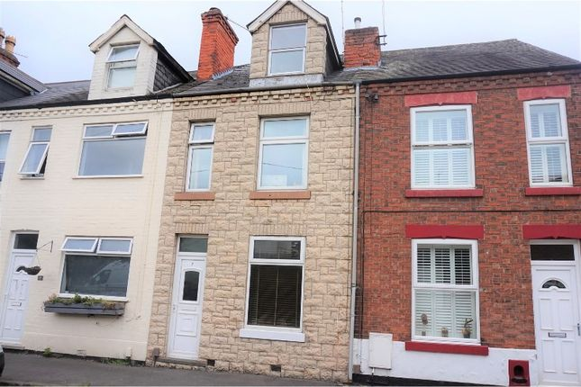 Thumbnail Terraced house for sale in Victoria Street, Nottingham