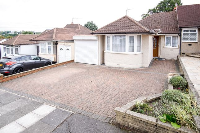Thumbnail Bungalow for sale in Derwent Avenue, Barnet