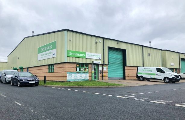 Unit 16 Queensway Link Stafford Park 17 Telford Shropshire Tf3 Warehouse For Sale 55514946 Primelocation