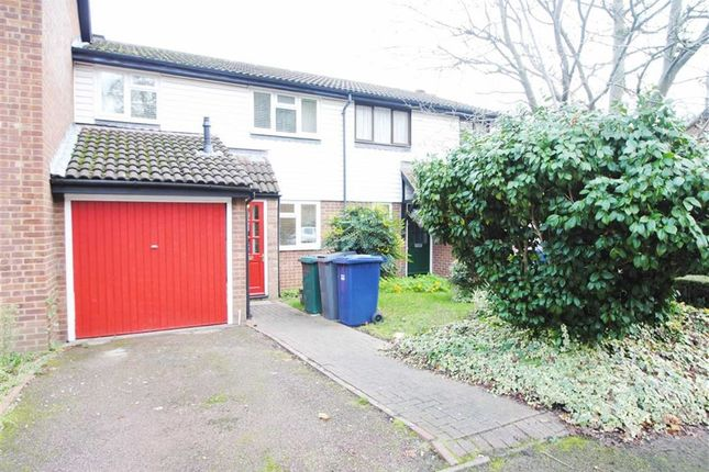 Thumbnail Property for sale in Marshalls Close, London