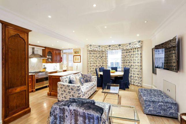 Maisonette to rent in Cadogan Square, Knightsbridge