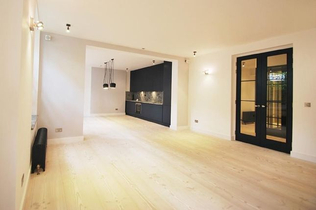 Thumbnail Flat to rent in Harley House, Brunswick Place, Regent's Park, London