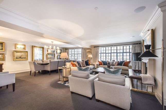 Thumbnail Flat to rent in Chalfont House, Chesham Street, London
