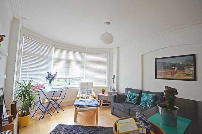 Thumbnail Flat to rent in Elder Avenue, Crouch End, London