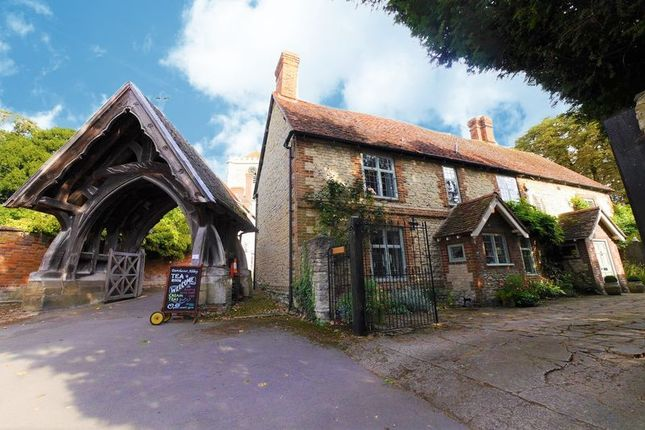 Thumbnail Cottage for sale in High Street, Dorchester-On-Thames, Wallingford