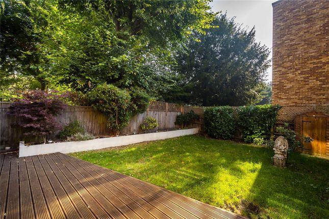 Picture No. 15 of Oak Hill, Surbiton, Surrey KT6