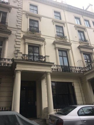 3 bed flat to rent in Westbourne Terrace, London