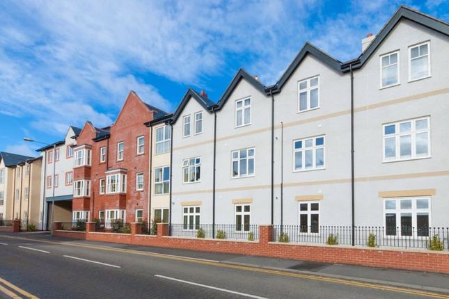 Thumbnail Flat for sale in New Street, Mold