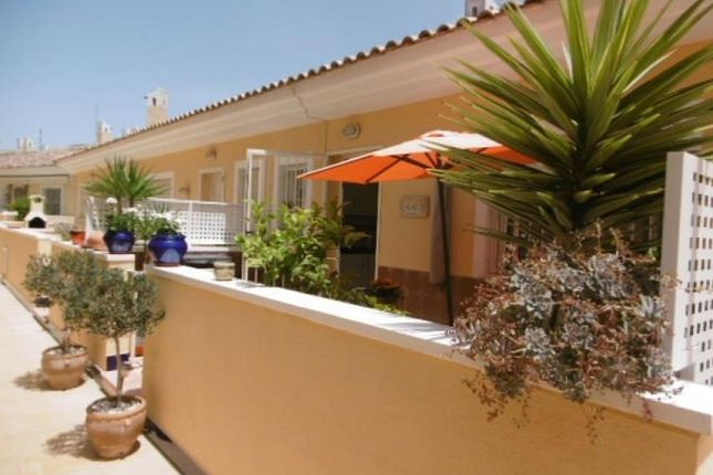 3 bed town house for sale in Quesada/Rojales, Alicante, Spain