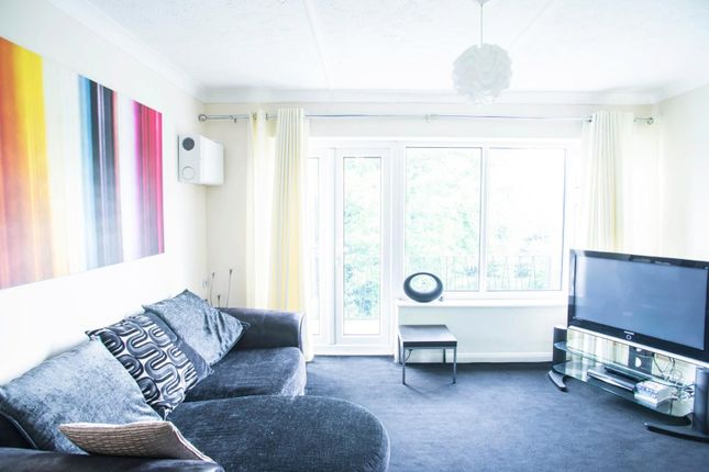 Thumbnail Flat for sale in Shevon Way, Brentwood