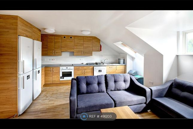 Thumbnail Flat to rent in Fieldings Lodge, Winchester