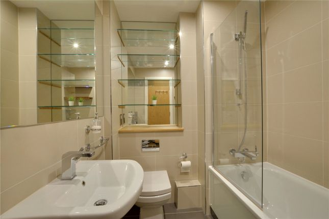Picture No. 11 of Jubilee Court, 20 Victoria Parade, London SE10