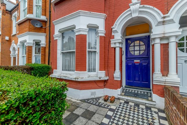 Thumbnail Terraced house for sale in Englewood Road, London, London