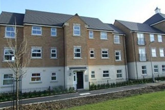 Thumbnail Property to rent in Flaxdown Gardens, Rugby