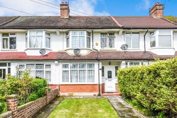 Thumbnail Terraced house to rent in Woodside Green, London