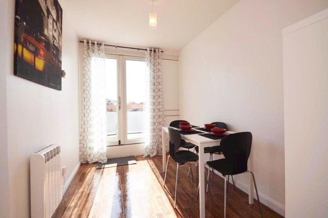 Thumbnail Flat to rent in Eureka Rd, Kingston Upon Thames, London, London