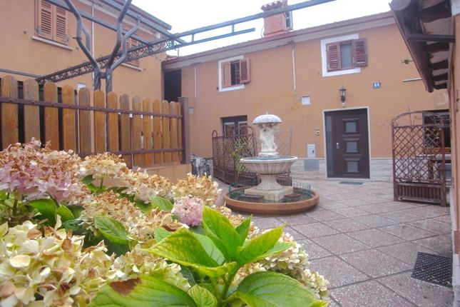 Thumbnail Terraced house for sale in Via Bartolomeo Gianelli, Triest, Friuli Venezia Giulia