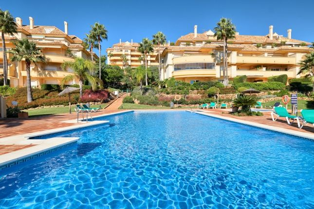 Thumbnail Apartment for sale in Apartamentos Greenlife Golf, Urb. Elviria Hills, Avda. Las Cumbres, 29604 Marbella, Málaga, Málaga, Spain