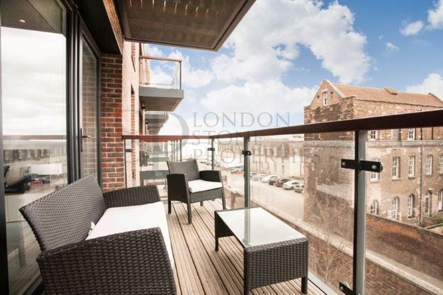 Thumbnail Flat to rent in Imperial Building, Duke Of Wellington Way, Royal Arsenal