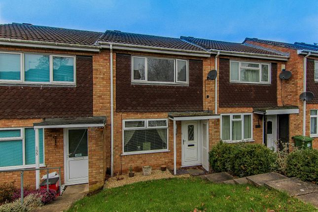 Thumbnail Terraced house for sale in Deansway, Warwick