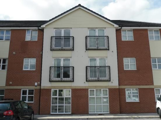 Thumbnail Flat to rent in Lockfield, Runcorn