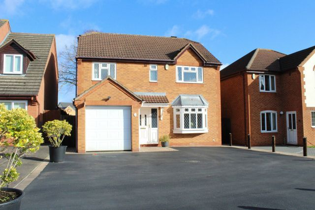 Front of Hawkstone Close, Duston, Northampton NN5