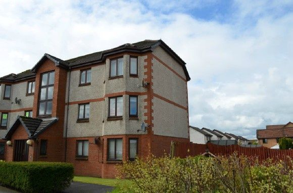 Thumbnail Flat to rent in Dundee Court, Carron, Falkirk