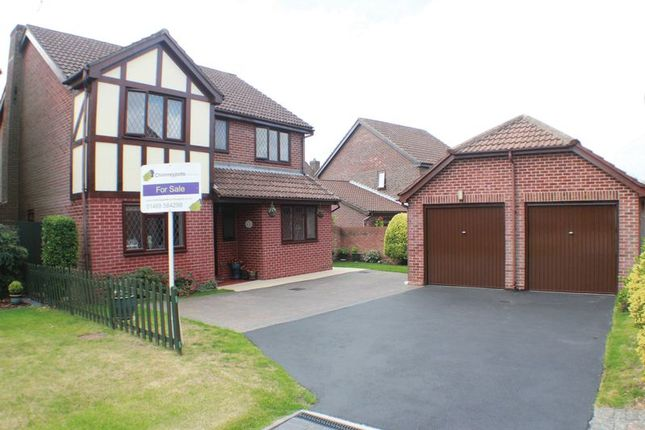 Thumbnail Property for sale in Chine Close, Locks Heath, Southampton