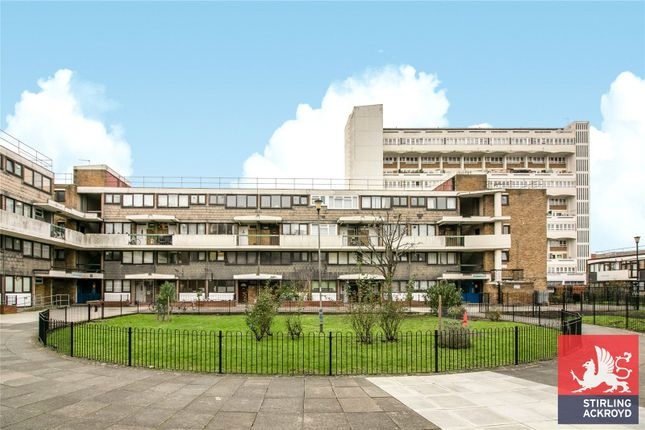 Picture No. 18 of John Parry Court, Hare Walk, London N1