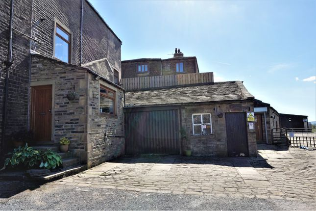 Thumbnail Farmhouse for sale in 6 Priestley Hill, Queensbury