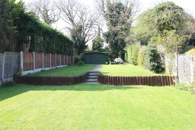 Thumbnail Bungalow for sale in Glenwood Avenue, Leigh-On-Sea