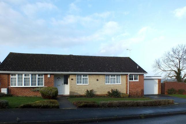 Thumbnail Bungalow to rent in Orchard Hill, Faringdon