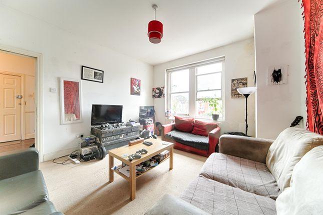 Thumbnail Flat to rent in Rutford Road, London