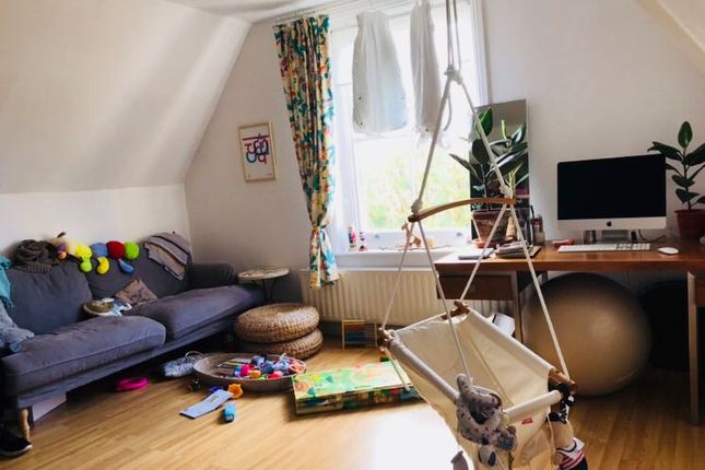 Thumbnail Flat to rent in Gatestone Road, Crystal Palace