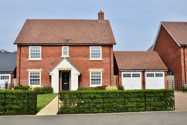 Thumbnail Detached house for sale in Station Road, Bretforton, Evesham
