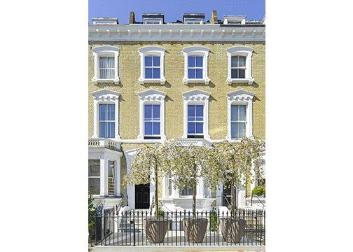 Thumbnail Terraced house to rent in Glebe Place, London