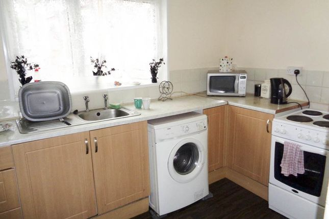 Thumbnail Flat for sale in Berw Road -, Tonypandy