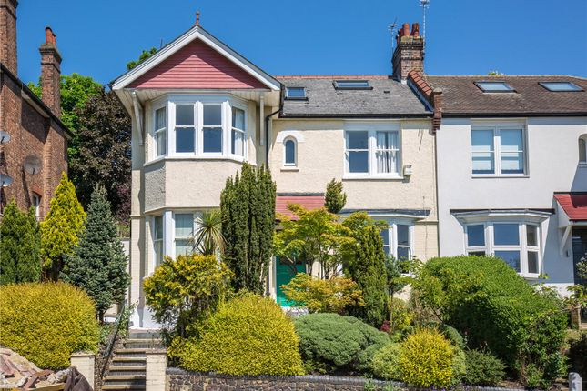 Thumbnail Flat for sale in Cranley Gardens, London