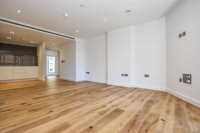 Thumbnail Flat for sale in Palace View, 1 Lambeth High Street, London