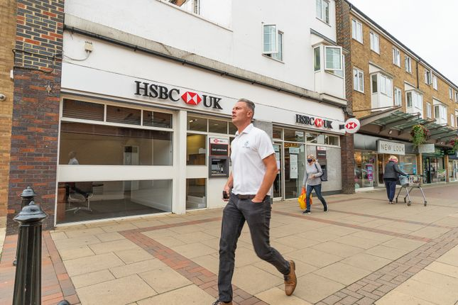 Thumbnail Retail premises for sale in 29 Bowen Square, Daventry, Northamptonshire