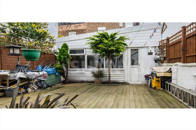 Thumbnail Terraced house for sale in Clovelly Road, Chiswick
