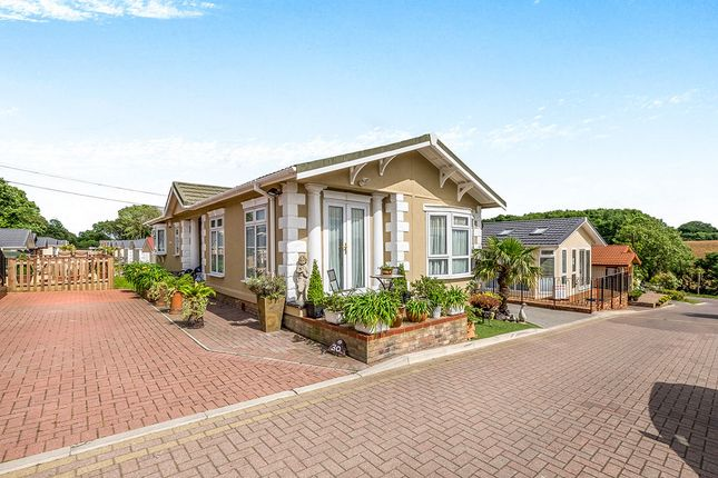 Thumbnail Bungalow for sale in Millers Way, Pilgrims Retreat, Harrietsham, Maidstone