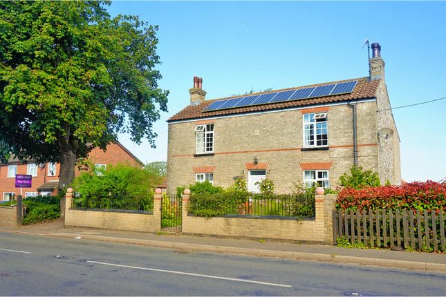 Thumbnail Detached house for sale in Lynn Road, Gayton